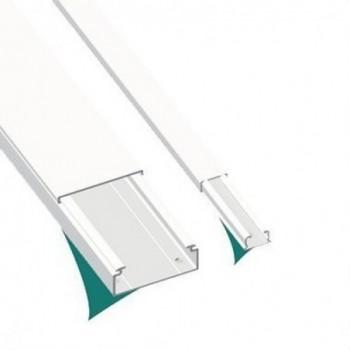MOLDURA SIN TABIQUE 78 PVC-M1 7x12 U23X BLANCO NIEVE  con referencia 78010-2 de la marca UNEX.