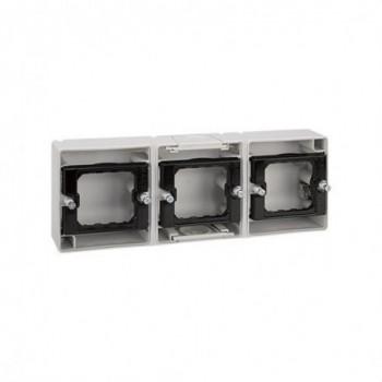 Base caja estanca 3 elementos horizontal Simon 44 AQUA con referencia 4400765-035 de la marca SIMON.