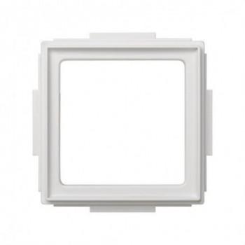 Adaptador Simon 27 SCUDO blanco con referencia 2705088-030 de la marca SIMON.
