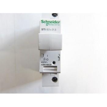 PORTAFUSIBLE SECCIONADOR/SECCIONABLE STI 1 POLO 500V  con referencia A9N15636 de la marca SCHNEIDER ELEC.
