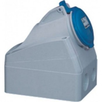 Base supercompacta 32A 2P + TT 250V IP44 con referencia 555254 de la marca LEGRAND.